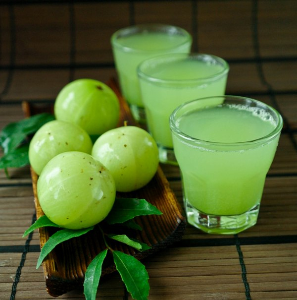 How Does Amla Juice Helps You to Lose Weight - Amla Juice for Weight Loss