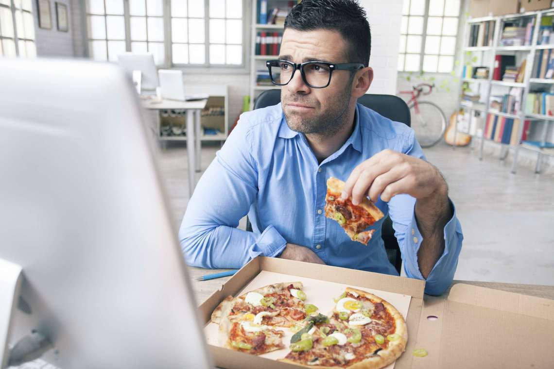 Weight Loss Tips: 4 Tips for Staying Fit with an Office Job