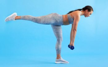 Single-leg deadlift - How to Get a Firm Bum in 2 Weeks